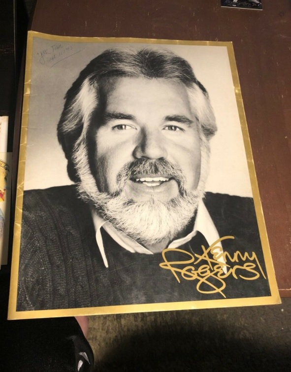 Kenny Rogers Live In Concert